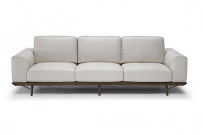 Тримісні дивани