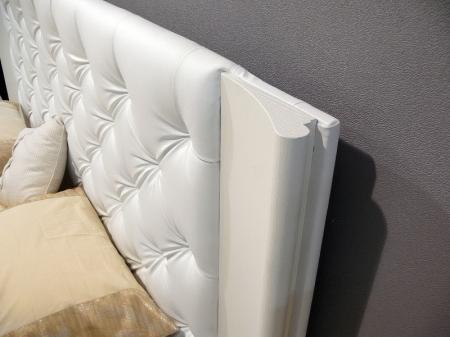 Кровать Aura 180x200, frassino белый, экокожа белая с подъемным механизмом