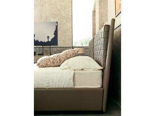 Кровать Bolero с плетеными подушками