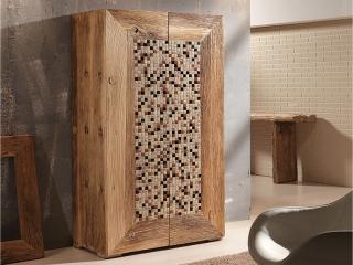Шкаф деревянный, ручная работа