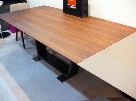 Стіл розкладний Oblique Canaletto 200 + 45 + 45, горіх